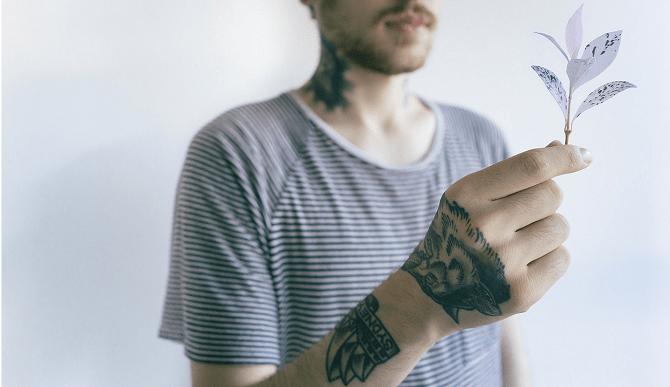 phrase de tatouage pour la nuque, le cou